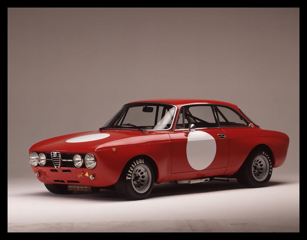Alfa Romeo 1750 GTAM vista 3/4