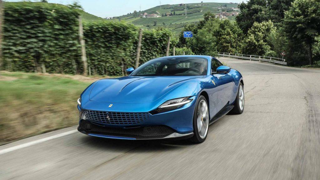 Ferrari roma blu